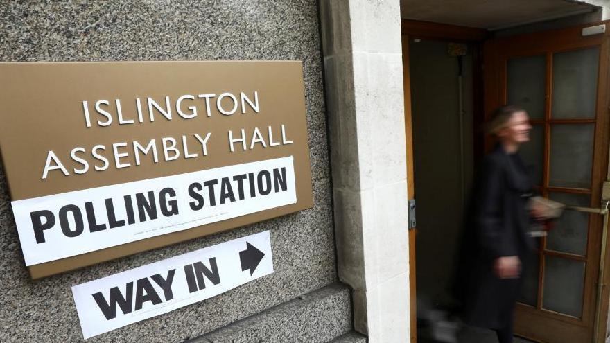 Début des élections législatives britanniques