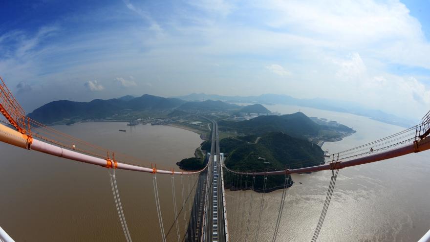 Zhejiang : la beauté du pont de Xihoumen