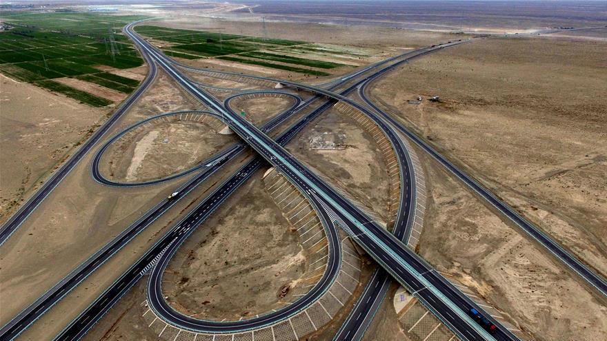 Le tronçon Hami-Mingshui de l'autoroute Beijing-Xinjiang bientôt mis en service