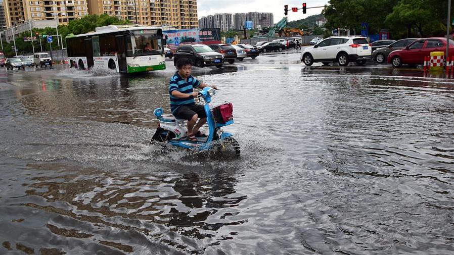 De nombreuses parties de la Chine inondées après des pluies torrentielles