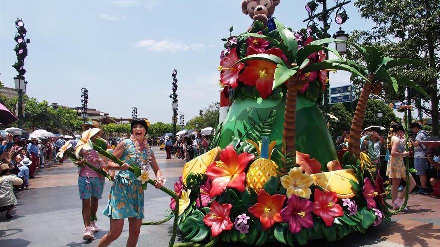 Shanghai Disneyland lance des activités estivales pour attirer plus de visiteurs