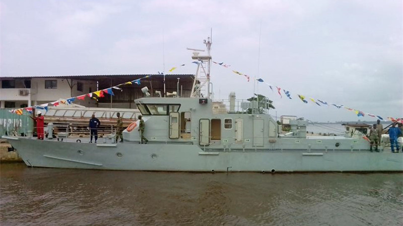 La Chine équipe la marine ivoirienne d'un navire militaire pour lutter contre la piraterie