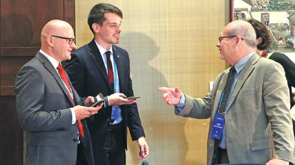 La Chine et les pays d'Europe centrale et orientale discutent de relations dans le domaine des médias
