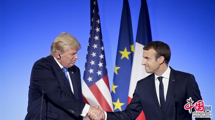 La nouvelle stratégie diplomatique d'Emmanuel Macron