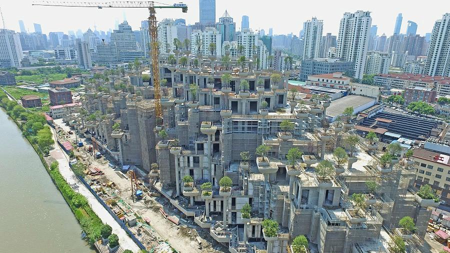 A Shanghai, on plante aussi des arbres au sommet des immeubles