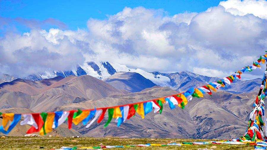 A la découverte des magnifiques paysages de l'autoroute Sichuan-Tibet