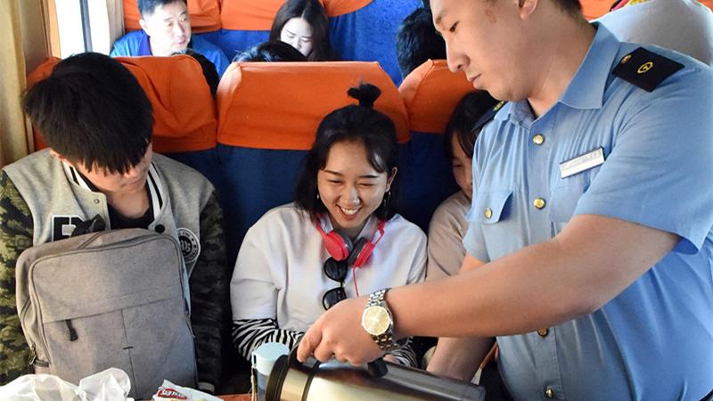 Chine : amélioration des services dans le train Beijing-Lhassa