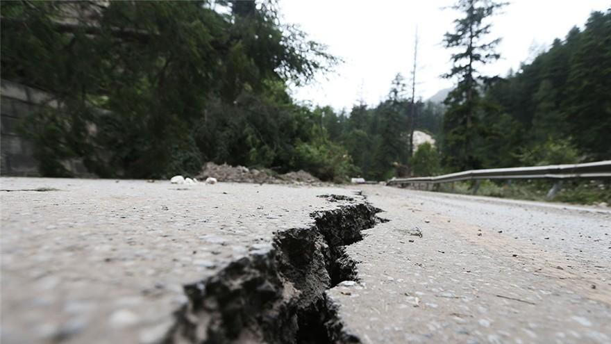 Le tourisme à Jiuzhaigou affecté par le tremblement de terre qui a frappé le Sichuan