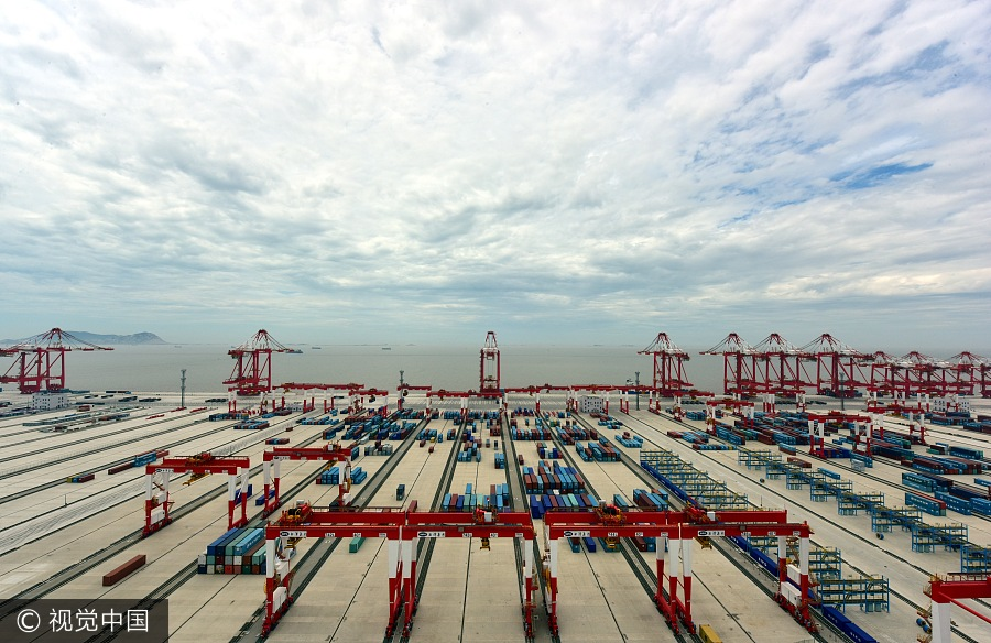 le plus grand port automatis 233 au monde bient 244 t pr 234 t 224 shanghai