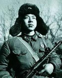 Gute Taten tun,Lei Feng ,Mittelschullehrer,Universit?t,Frau, Krankenhaus ,warmherzig,Modellbürger,selbstlos,Kommunistischen Partei,Erinnerung ,Taxi,Fahrer,Mao Zedong ,Soldat,VBA