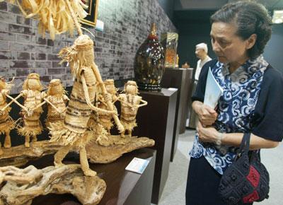 1 Der Direktor der Abteilung für immaterielles Kulturerbe des chinesischen Kulturministeriums, Zhang Xu, teilte am Montag mit, die Liste des immateriellen Kulturerbes Chinas sei prinzipiell bereits ausgearbeitet worden.