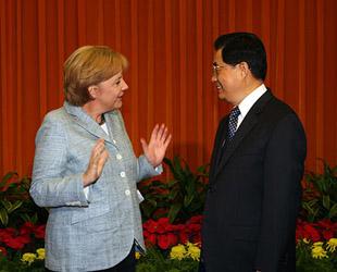 胡锦涛会见德国总理默克尔