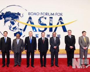 Der chinesische Ministerpr?sident Wen Jiabao hat sich am Freitag mit zahlreichen Spitzenpolitikern zu Gespr?chen getroffen.