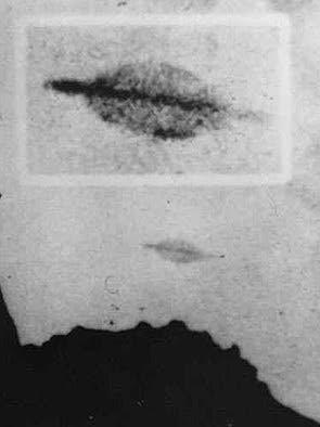 Ufo-sichtung über der insel trinidade, brasilien, 1958. mehrere