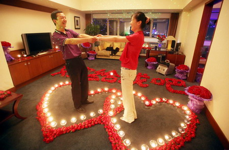 Decorating Hotel Rooms For Valentines Day