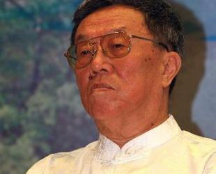 Der chinesische Schriftsteller Wang Meng sagte, die Feindseligkeiten seien nicht in der Lage, die Richtung zur nationalen Einheit und Entwicklung des Gebietes zu ver?ndern.