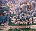 Die Wirtschaft Shandongs ist mit einem BIP 1,24 Billionen RMB die drittgr??te Chinas. Das BIP pro Kopf betr?gt 13.600 RMB (2000: 9560 RMB) pro Jahr und ist das neunth?chste in China.