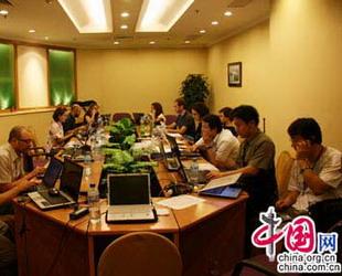 Nach dem Sabotageakten in ürümqi vom 5. Juli arbeiten nun mehr als 60 ausl?ndische und 80 inl?ndische Medienvertreter an der Berichterstattung vor Ort.