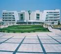 Einer Statistik vom Jahre 2008 zufolge gibt es in China rund 70 Hochschulen, die ein Bachelor- oder Master-Studium in Germanistik anbieten dürfen. Allein Shandong verfügt über mehr als zehn Hochschulen mit einer Deutschabteilung.
