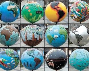 Der Weltklimagipfel ist am Montag in Kopenhagen eröffnet worden. Vertreter aus 192 Staaten wollen in einem zweiwöchigen Verhandlungsmarathon verbindliche Zielvorgaben im Kampf gegen die Erderwärmung festlegen.