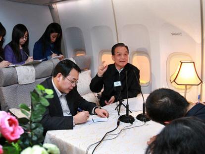 Chinas Ministerpräsident Wen Jiabao ist zum Klimagipfel nach Kopenhagen gereist, um den Abschluss eines fairen und effektiven Klimaschutzabkommens zu unterstützen und Chinas Emissionsrechte zu sichern.