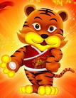 Das chinesische Neujahr ist das größte Fest hierzulande. Seine Bedeutung ist vergleichbar mit Weihnachten. Es leitet nach dem chinesischen Kalender das neue Jahr ein, liegt aber mittlerweile nicht am eigentlichen Jahresanfang, da in China seit Anfang des 20. Jahrhunderts der gregorianische Kalender verwendet wird. Das Frühlingsfest 2010 läutet das Jahr des Tigers ein. Das Fest hat viele überlieferte Bräuche, von denen einige bis heute noch existieren.