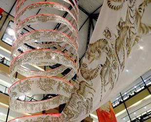 Xiao Yanqing ist bekannt für seine Tiger-Malerei. Vor kurzem hat der berühmte chinesische Maler in Shanghai sein neuestes Werk präsentiert.