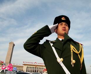 Während der Tagungen des Nationalen Volkskongresses (NVK) und der Politischen Konsultativkonferenz des Chinesischen Volkes (PKKCV) sind die Sicherheitsmaßnahme in Beijng auf eine höhere Stufe gestellt.
