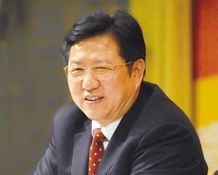 Anfang März hat ein Reporter von China.org.cn Mao Guanglie, Abgeordneter des NVK sowie Bürgermeister von Ningbo, zur Expo und der Wirtschaftsentwicklung in der Zeit nach der Finanzkrise interviewt.