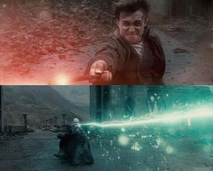 Das haben Zauberei-Fans seit Jahren ersehnt: Die Dreharbeiten zum J.K Rowlings letzten Harry Potter-Roman wurden erst vor kurzem zu Ende gebracht, und jetzt stellen Warner Bros. Pictures den ersten Vorgeschmack auf ihren Film 'Harry Potter und die Heiligtümer des Todes'.