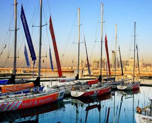 Segelschiff und Qingdao