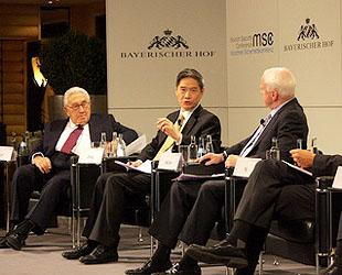 Der Aufstieg Asiens repräsentiert ein größeres Gleichgewicht in der internationalen Machtstruktur, so der chinesische Vize-Außenminister Zhang Zhijun am Samstag auf der Münchner Sicherheitskonferenz.