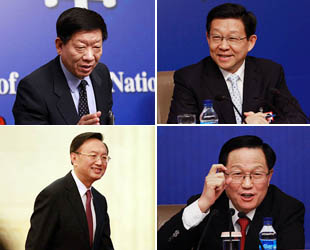 Im Rahmen der 5. Tagung des 11. Nationalen Volkeskongresses wurden viele Pressekonferenzen der chinesischen Ministerien abgehalten. Auf den seriösen und ernsten Konferenzen gibt es aber immer auch interessante Momente, wie zum Beispiel die Mimiken der Minister.