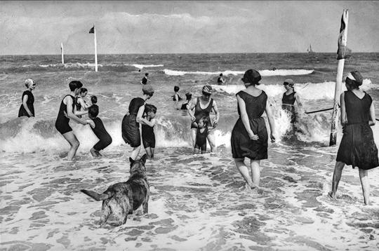Kultur - german.china.org.cn - 100 Jahre Schwimmbekleidung