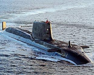 Das modernste atomgetriebene U-Boot 'Ambush' ist am 1. März 2013 offiziell von der britischen Marine in Dienst gestellt worden. Es ist das zweite Exemplar der Astute-Klasse.