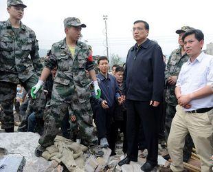 Chinas Ministerpr?sident leitet Bek?mpfung der Katastrophen nach Erdbeben