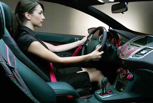 德国调查显示女性开车比男性更安全
