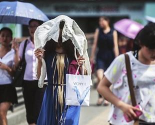In diesem Sommer haben die Temperaturen in mehreren Städten neue Rekorde aufgestellt. Südchina ist von der Hitze schwer betroffen.