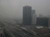 Smog hat bemerkenswert negative Auswirkungen auf Klima, Umwelt, Gesundheit und Wirtschaft, heißt es in einem neuen Bericht der chinesischen Akademie der Sozialwissenschaften, worin auch mehr Aufmerksamkeit für das Problem und wirksamere Maßnahmen zu dessen Kontrolle gefordert werden.