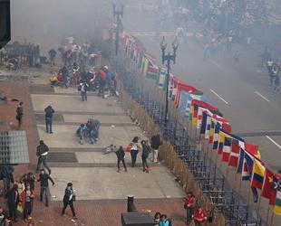Der Anschlag auf den Boston-Marathon war ein Sprengstoffanschlag auf den jährlich am Patriots' Day in Boston stattfindenden Stadtmarathon.