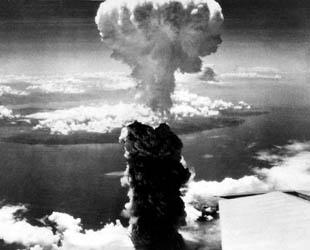 Von der enormen Zar-Bombe mit der Kräfteeiner Sprengkraft, die von beim 3800-mal fachen der Hiroshima-Explosion leigt, bis zu dem Mk-41, der größten Kernwaffe, die die USA jemals gebaut habent, -- armee-technology.com listet die weltweit stärksten Atombomben in Bezug auf die Sprengkraft auf.