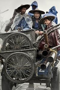 Neben Schauspieler(inne)n und Regisseuren sind heute auch Darsteller für das chinesische Volk häufiger in westlichen Produktionen anzutreffen.