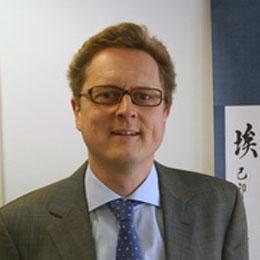 Frank Hartmann, Chef der Presseabteilung der Deutschen Botschaft in Beijing, sprach mit China.org.cn über den jüngsten Chinabesuch der Bundeskanzlerin sowie über die deutsch-chinesische Zusammenarbeit in den Bereichen Wirtschaft, Medien und Kultur.
