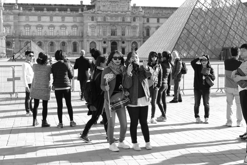 Chinesische Touristengruppen in Paris