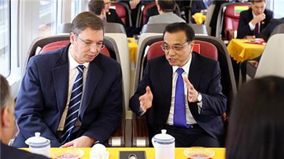 Li Keqiang lädt Regierungschefs der CEE-Staaten zur Hightech-Zugfahrt