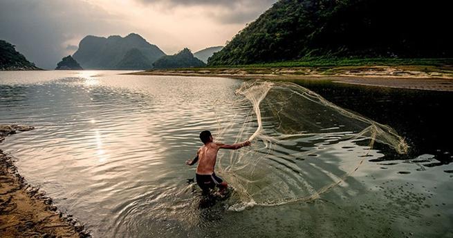 Atemberaubende Landschaft und einfacher Lebensstil in Hainan