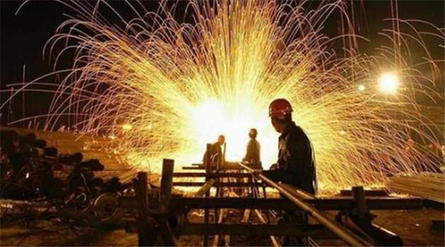 Chinas Maßnahmen zur Reduzierung von Überkapazität in Stahlindustrie greifen