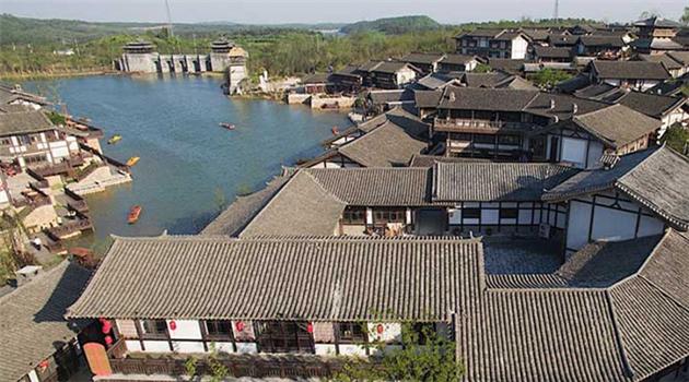 Nanjings größter Privatgarten zum Maifeiertag für Besucher geöffnet