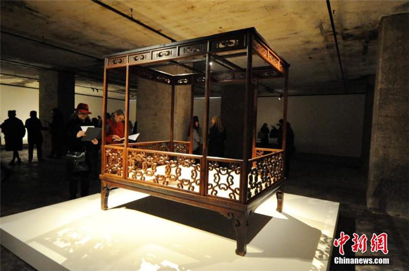 ausstellung kaiserlicher m bel in berlin. Black Bedroom Furniture Sets. Home Design Ideas