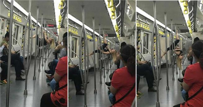 Tianjin: Ausländische Frau führt Pole-Tanz in der U-Bahn auf